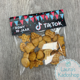 DIY Traktatie TikTok - label + zakje