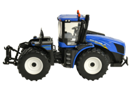 Britains 43193 - New Holland T9.530 (1:32)