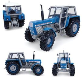 Universal Hobbies 4985 - Zetor Crystal  12045 4WD Blauw (1:32)