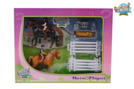 Kids Globe 640072 - Speelset 2 paarden met ruiters en accessoires (1:24)