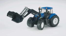 Bruder 3021 - New Holland T8040 met voorlader