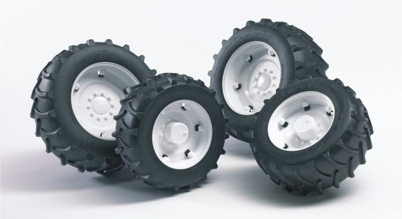 Bruder 2323 - Dubbellucht wielenset wit t.b.v. tractoren 2000 serie
