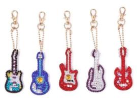 Diamond painting sleutelhangers gitaartjes