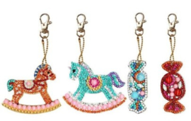 Diamond painting sleutelhangers paardjes met snoepjes (full)