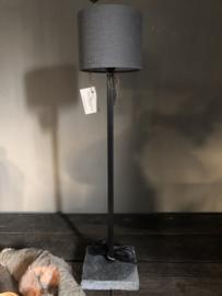 Tafellamp met vierkante buis van Aura Peeperkorn