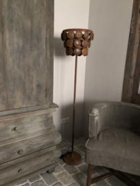 Staande schijfjeslamp roest