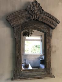 Prachtige houten spiegel, wel al te reserveren
