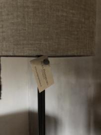 Staande lamp van Aura Peeperkorn