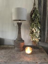 Houten lamp van Aura Peeperkorn, nr 2