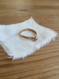 Srta. Bolitas handgemaakt vergulde ring met bolletje