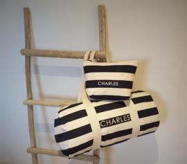 """Logeertas met geborduurde naam """"Nautical Style"""" (marine/roze/grijs) met GRATIS toilettas"""