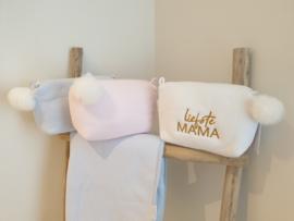 Toilettas met pompon (roze/wit/blauw)