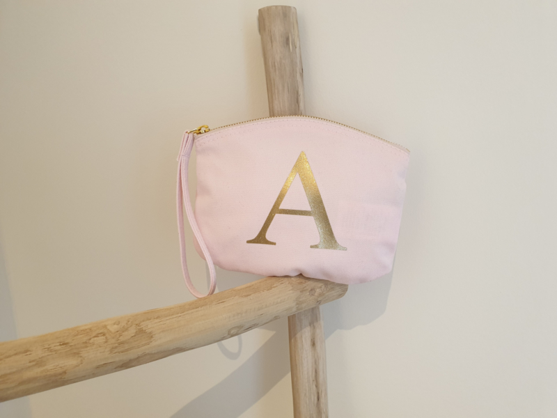 Tasje met opdruk naar keuze (roze en blauw)