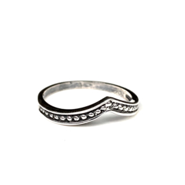 BEADED CHEVRON RING STERLING ZILVER