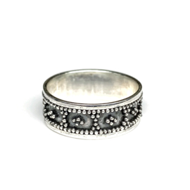 DOTTED DAISY  RING STERLING ZILVER