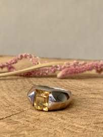 VINTAGE YELLOW RING STERLING ZILVER