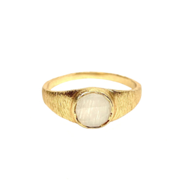 MOONSTONE SIGNET RING GOLD VERMEIL / MUJA JUMA