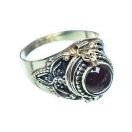 GRANAAT POISON RING STERLING ZILVER 18
