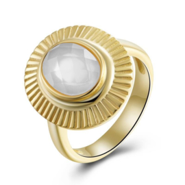 MOTHER OF PEARL OVAL RING GOLD VERMEIL 17.25
