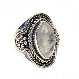MAANSTEEN TRIBAL RING STERLING ZILVER