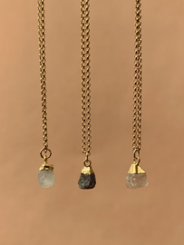 ROCKY MOONSTONE GOLD PLATED KETTING