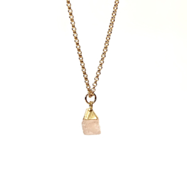 ROCKY ROSEQUARTZ GOLD PLATED KETTING