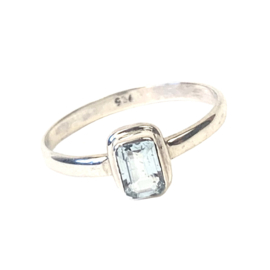 BLAUWE TOPAAS RECTANGLE RING STERLING ZILVER 19