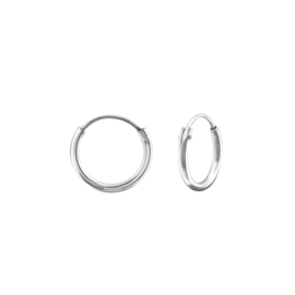 PLAIN HOOPS STERLING ZILVER OORBELLEN