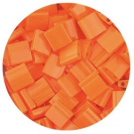 MIYUKI TILA'S, 5 X 5 MM KRALEN, OPAQUE ORANGE 406