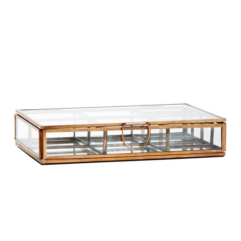 GLASS BOX W/ ROOMS AND MIRROR / MADAM STOLTZ