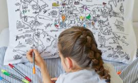 Eat Sleep Doodle kussensloop Worldmap