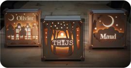 Houten lamp met naam Huisjes