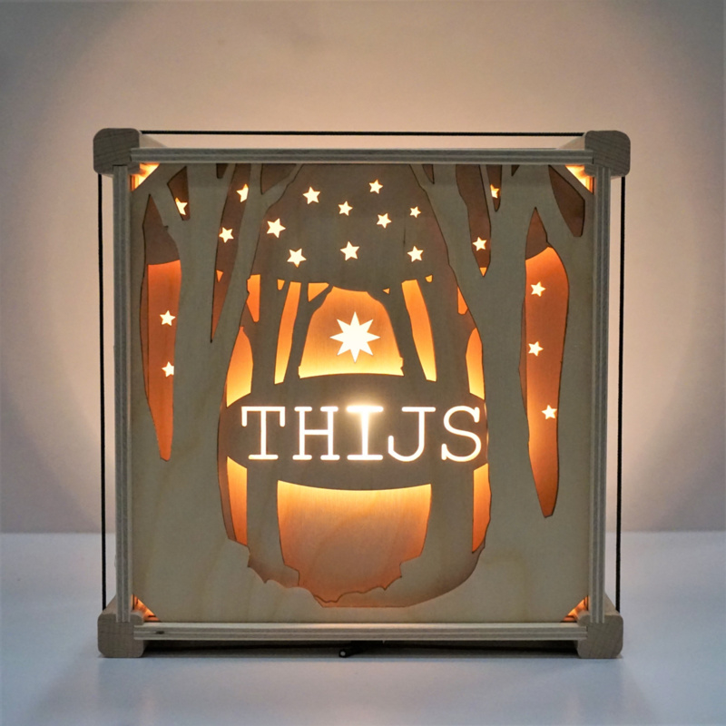 Houten lamp met naam Bos
