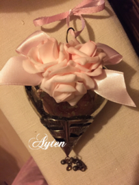 Zilver Hartje met roze roosjes