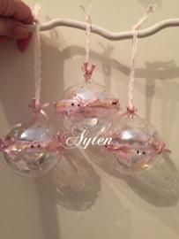 Set van 3 glazen kerstballen aan een stok