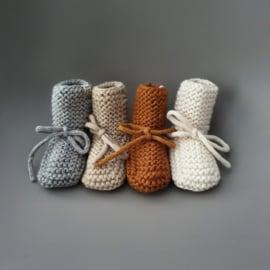 Baby - Knitted Booties - Brick