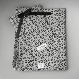 Baby - Linen Flat Sheet 90 x 110 cm - Grey Leopard