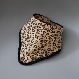 Pom Pom Bib & Knot Hat - gift set - Leopard