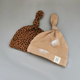 Knot Hats Set of 2 - Dandelion & Brick Cheetah