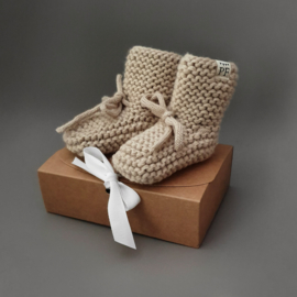 Baby - Knitted Booties - Oatmeal
