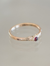 Ring petit | Rode Kristal | 14k gold-filled