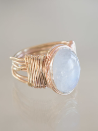 Ring Wire Wrapped Maansteen