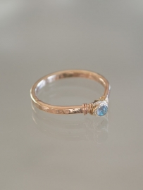 Ring petit | Labradoriet | 14k gold-filled