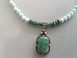 Ketting van Howliet, Apatiet en jade hanger