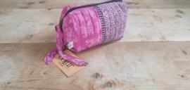 Cofur Toilettas van gercycled sari zijde | Roze