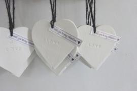"""Hart aardewerk """"LOVE"""""""