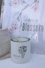 Windlichtje  blackberry blossom