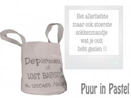 Mand lost babysocks