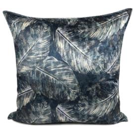 Blauw kussen met mooie veren/bladeren print ± 70x70cm