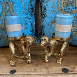 Set van twee goudkleurige apen kandelaars 14cm hoog x 18cm lang